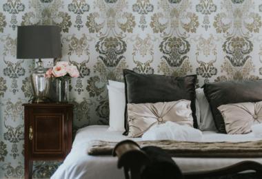 Healing Manor Hotel luxury Bedroom