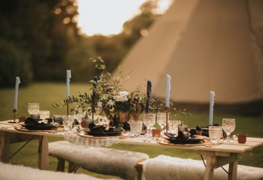Autumn teepee Wedding at Healing Manor Hotel Top Wedding Tips