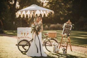 Autumn teepee Wedding at Healing Manor Hotel Top Wedding Tips