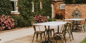 Garden dining at healing manor hotel